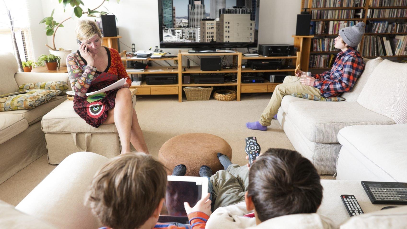 Familie met TV
