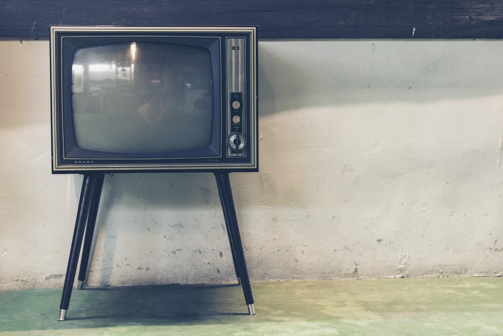 TV-reclame voldoet beter aan de eisen van adverteerders dan online-reclame